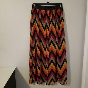Chevron Pattern Maxi Skirt XL